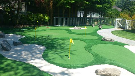 backyard miniature golf minigolf in your backyard precision greens