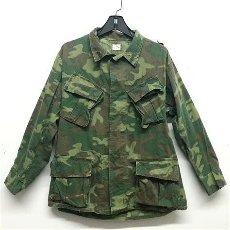 Jaket Camo Army war army camo jacket in