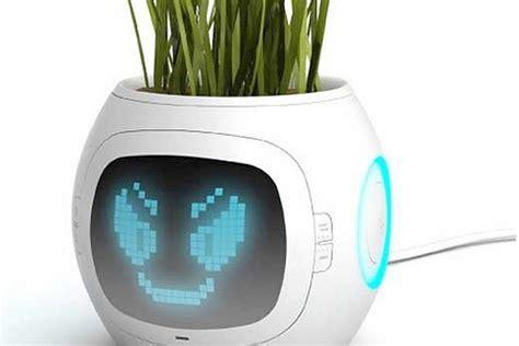 garten gadgets 17 hi tech garden gadgets gardening tips gardening ideas