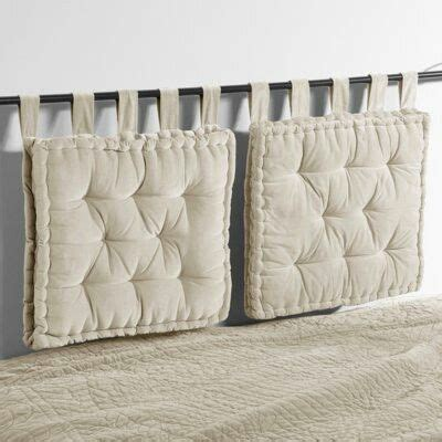 Hanging Pillow Headboard by 25 Best Ideas About Pillow Headboard On
