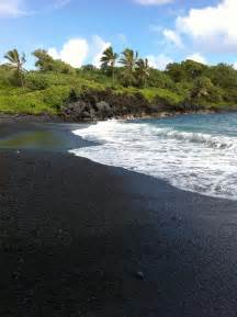 Black Sand Beaches Hawaii by Black Sand Beach Hawaii Places I Ve Travel Ed To