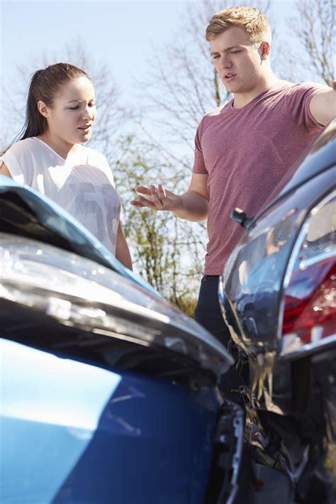 miami car accident lawyer   miami car