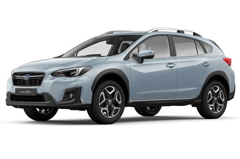 white subaru crosstrek refreshing or revolting 2018 subaru crosstrek motor trend