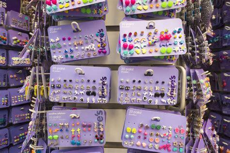 claire s accessories major uk high street retailer near