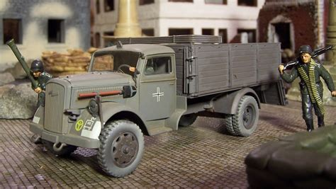 opel blitz ww2 wwii plastic toy soldiers german cargo trucks