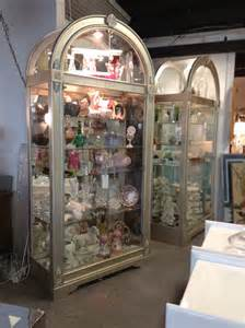 Howard Miller Cabinets Pair Of Howard Miller Wood Amp Glass Lighted Curio Display