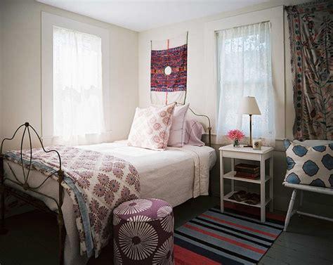 furniture amusing john robshaw pillows for living room accessories john robshaw guest room