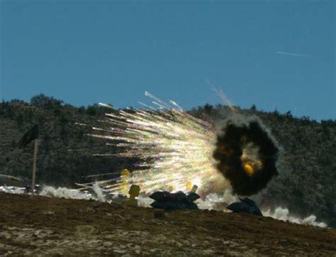 Teropong 40 X 70 Army l 70 l70 l 70 bofors 40mm automatic anti aircraft gun air defence system technical data sheet