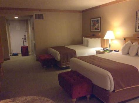 ballys hotel rooms indigo tower room with two picture of bally s las vegas las vegas tripadvisor