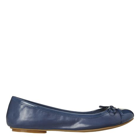 accent rubber sts lyst nine west cacey ballerina in blue