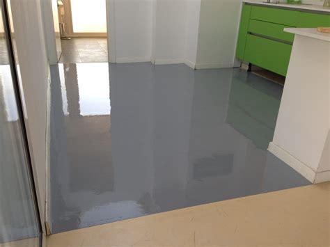 pavimenti in cucina pavimento resina cucina enni color