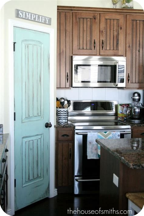 Painted Pantry by 17 Best Ideas About Painted Pantry Doors On