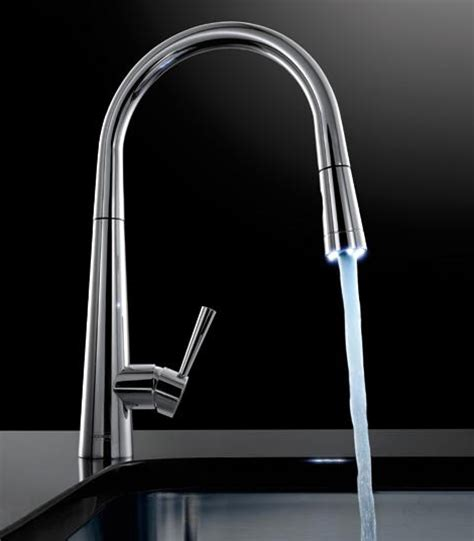 Pull Out Faucet with LED Illuminated Nozzle Head   Franke Rolux