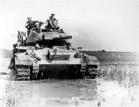Diecast Tank Solido Amx 13 Bi Bi Diecast m24 chaffee light tank deployed during the battle