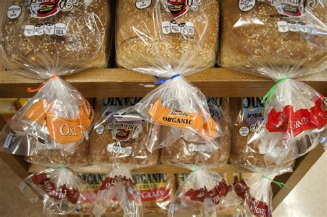 color of bread ties the secret meaning twist ties on your bread packages