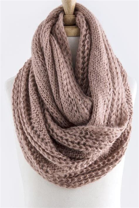 infinity scarf knit 25 best ideas about cable knit scarves on