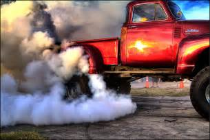 gmc burn out friday at slicks garage in palmetto