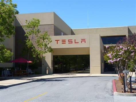 Tesla Motors Office Tough Times For Tesla Car Craic