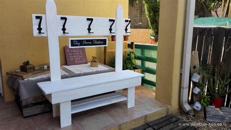 Formidable Decoration Sur Meuble En Bois #5: banc-palette-vestiaire-enfant-blanc.jpg