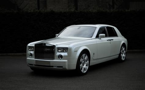 white rolls royce wallpaper rolls royce white 4k hd wallpaper 4k cars wallpapers