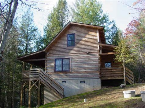 creekside overlook vacation rental cabin at fall creek
