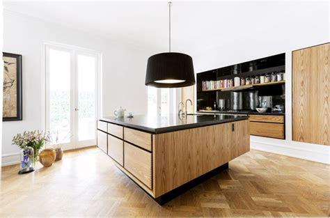 Interior Solutions Kitchens meuble moderne pour cuisine bois d ambiance authentique