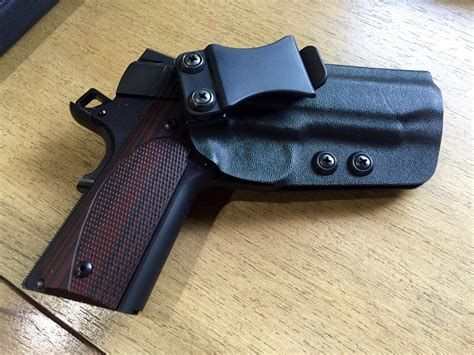 comfortable iwb holster easiest on off yet comfortable iwb holster
