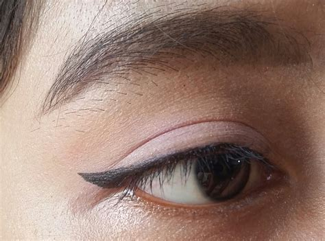 Eyeshadow Emina Purple noona day makeup look for sasyachi s