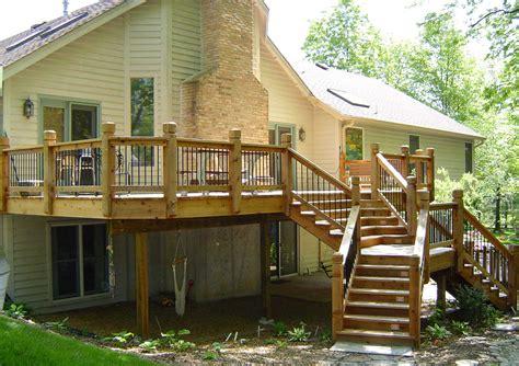 High Backyard Decks   Decosee.com
