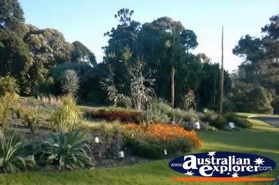 Botanical Gardens Melbourne Restaurant Melbourne Botanical Gardens View Postcard Melbourne Botanical Gardens View Ecard