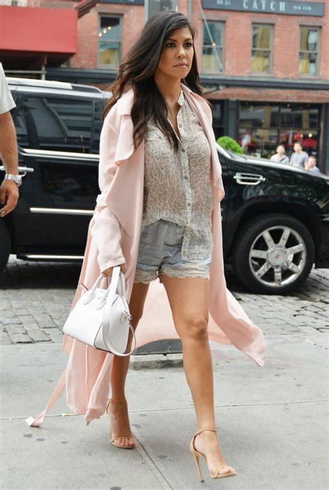 kourtney kardashian new house kourtney kardashian says her new house is infested with mold