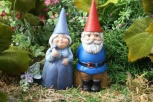 Gnomes Concrete Gnomes Garden Gnome Couple Mr Amp Mrs Gnomes
