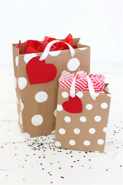 Crafts To Make With Paper Bags - make your own gift bags 15 ways bag gift and tutorials