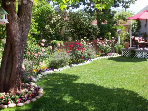 cottage backyard cottage gardens to love landscaping ideas and hardscape