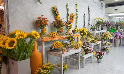 fiori secchi ingrosso fiori artificiali e secchi mirto s r l ingrosso fiori