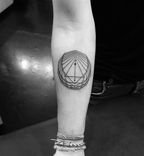 geometric line tattoo 70 geometric tattoos to get an amazing new look