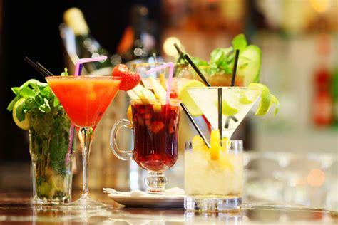 Top Drinks At A Bar by Cocktail Rezepte Bei Spirituosentheke De