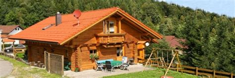 Urlaub In Holzhütte by Bayerischer Wald Holzhaus Mieten In Bayern Ferienholzhaus