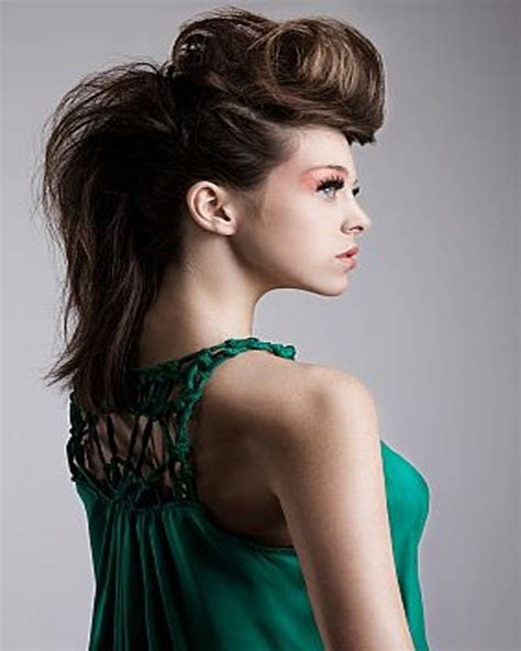 mohawk hairstyles ll eaving hair long at back of head long mohawk hairstyles for women alslesslethal com