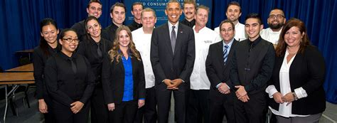 Is Stanford Mba Worth It by President Obama Eats At Stanford Bon App 233 Management Co