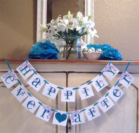 Super cute for the head table : ) Happily Ever After