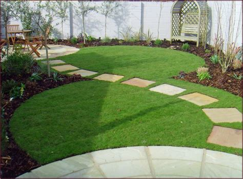 Lawn And Garden Decorating Ideas Lawn And Garden Ideas 17 Best Ideas About Lawn On Lawn Edging Stones