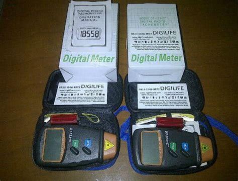 Digital Tachometer Laser Pengukur Putaran Rpm Roda Mesin Motor Kipas 1 jual tachometer digital digilife dt2234 harga dan