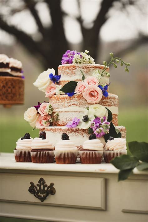 how to set up a shabby chic dessert table 13406