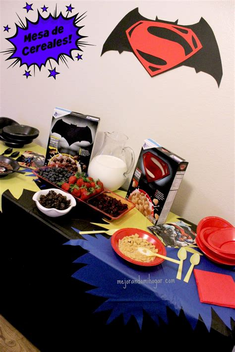 mesa de cereal de super heroes batman  superman