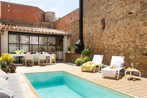 piscina en casa casas con piscinas