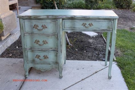 Vintage Style Table Ls by 17 Best Images About Painted Desks On