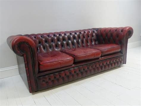 oxblood chesterfield couch three seat oxblood chesterfield sofa robinson of england