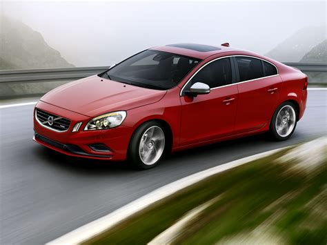 red volvo 2012 passion red volvo s60 r design front 3q eurocar news