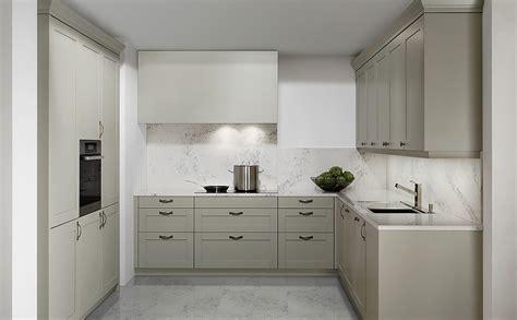 küchenblock kleine küchen kleiderschrank ikea